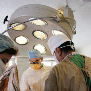 Хирурги. Фото: pixabay.com.