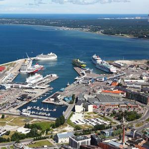 Таллинский порт. Фото: et.wikipedia.org.
